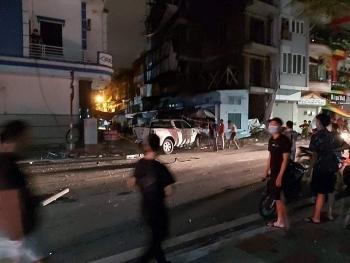 Tin tức tai nạn giao thông (TNGT) nóng nhất chiều 19/8: Nữ Thượng úy công an bị xe Lexus đâm tử vong thương tâm