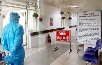 Thêm 5 ca mắc COVID-19 mới đều là nhập cảnh, Việt Nam có 1.034 bệnh nhân