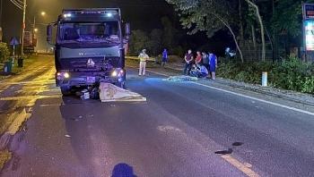 Tin tức tai nạn giao thông (TNGT) nóng nhất chiều 2/9: Lấn làn ôtô, 2 thanh niên đi xe máy đấu đầu xe mô tô ngược chiều, tử vong tại chỗ