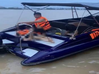 Tin tức tai nạn giao thông sáng 2/9: Tông tàu du lịch, đôi nam nữ lái mô tô nước tử vong
