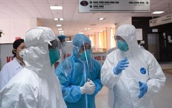 Tổng số người nhiễm COVID-19 tại Việt Nam trong 4 đợt dịch đã vượt 40.000 ca