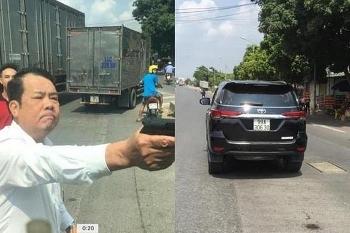 """Bắt khẩn cấp giám đốc rút súng đe dọa """"bắn vỡ sọ"""" tài xế xe tải ở Bắc Ninh"""
