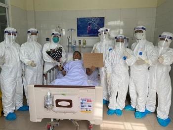 Tình hình COVID-19 hôm nay: Việt Nam có 1059 ca nhiễm, 1 trường hợp được công bố khỏi bệnh
