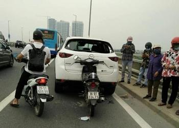 """Tình hình tai nạn giao thông (TNGT) nổi bật chiều 12/9: Tài xế ôtô ngủ trên xe đỗ giữa đường, người đi xe máy phía sau tông ngã """"dập mặt"""""""