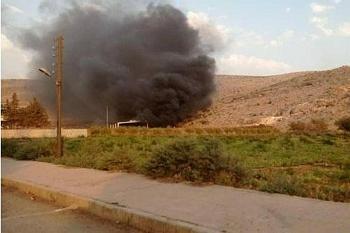 Video: Người Kurd dồn dập nã tên lửa, phá hủy trạm quan sát của Thổ Nhĩ Kỳ ở Syria