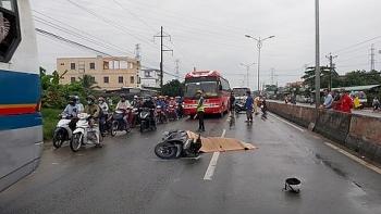 Tai nạn giao thông sáng 20/9: Thiếu nữ bị xe khách cán qua người tử vong sau va chạm liên hoàn