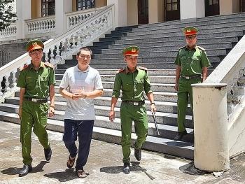 Thông tin pháp luật sáng 22/9: Đại úy CSGT ở Thanh Hóa bị tước quân tịch