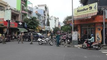 Thông tin pháp luật chiều 10/10: Một phụ nữ bịt mặt cướp chi nhánh ngân hàng ở Sài Gòn, lấy đi 2 tỷ đồng