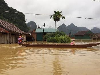 Những cơ quan tổ chức uy tín nào đang nhận quyên góp ủng hộ đồng bào bị lũ lụt?
