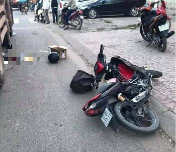 Tai nạn giao thông chiều 7/11: Thai phụ gặp nạn tử vong trên đường về quê chờ đẻ, bác sĩ mổ gấp cứu được thai nhi