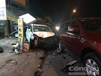 Tai nạn giao thông sáng 16/11: Tài xế say xỉn lao ô tô