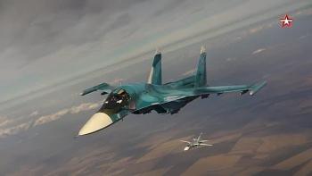 Video: Il-78 tiếp dầu ngoạn mục cho hàng loạt chiến đấu cơ ở độ cao 5.000m, tốc độ 600km/h