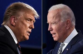 Trump mạnh mẽ tuyên bố có đủ chứng cứ để lật ngược tình thế bầu cử trong khi Biden chuẩn bị công bố nội các