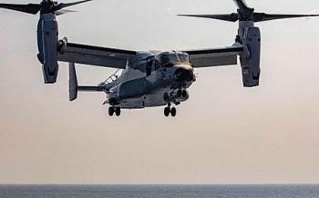 """Video: Uy lực của """"đại bàng biển"""" thần tốc CMV-22B Osprey khi hạ cánh trên tàu sân bay"""
