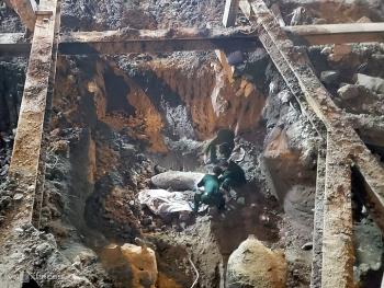 Phát hiện quả bom chưa phát nổ nằm sâu 2m ở quận Ba Đình