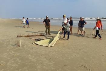 Thông tin pháp luật chiều 4/12: Tá hỏa phát hiện thi thể không đầu trôi dạt vào bờ biển Thừa Thiên - Huế