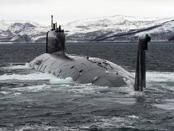 Tàu ngầm hạt nhân Nga bắn tên lửa hành trình vào mục tiêu trên Biển Trắng