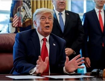 Tổng thống Trump trao Huân chương An ninh Quốc gia cho một số cố vấn cấp cao