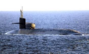 Tàu ngầm hạt nhân Ohio mang 100 tên lửa Tomahawk đã tiến vào Vịnh Ba Tư