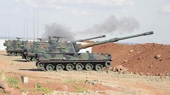 Thổ Nhĩ Kỳ dồn dập nã pháo hạng nặng vào căn cứ quân sự của Syria tại Aleppo