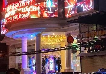 Tin tức pháp luật mới nhất: Phá ổ chơi ma túy tại karaoke Crown TP Nha Trang