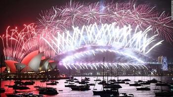 Video: Mãn nhãn với màn pháo hoa dài 7 phút thắp sáng bầu trời Sydney