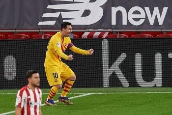 Messi lập cú đúp đưa Barcelona vào top 3 La Liga