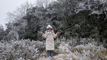 Cao Bằng xuất hiện băng tuyết như châu Âu dưới tiết trời -1,4 độ C