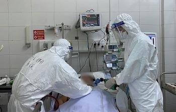 Nữ bệnh nhân Covid-19 từ Mỹ về Đà Nẵng chuyển biến xấu