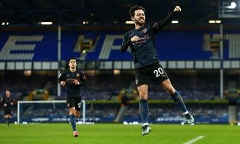 Kết quả, Bảng xếp hạng (BXH) Ngoại hạng Anh ngày 18/2: Đại thắng Everton, Man City bỏ xa MU mấy điểm?