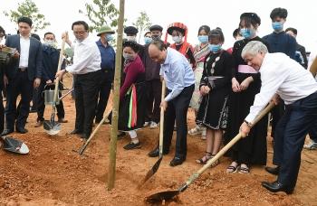 Thủ tướng phát động Chương trình trồng 1 tỷ cây xanh tại Tuyên Quang