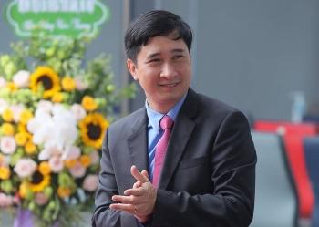 Chân dung doanh nhân đưa 30 triệu liều vaccine phòng COVID-19 về Việt Nam
