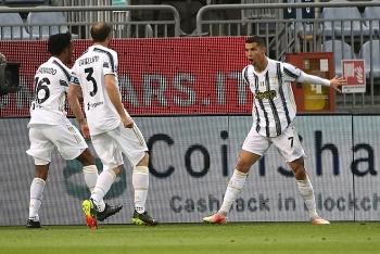 Bảng xếp hạng Serie A hôm nay: Ronaldo chói sáng, Juventus bám đuổi Inter
