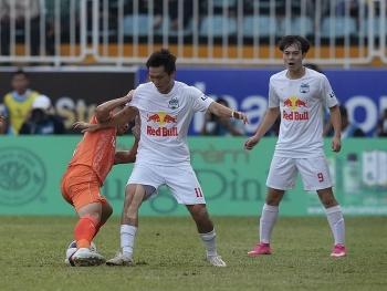 Tin tức bóng đá Việt Nam ngày 16/3: HAGL nhận tin 'dữ' từ Văn Toàn