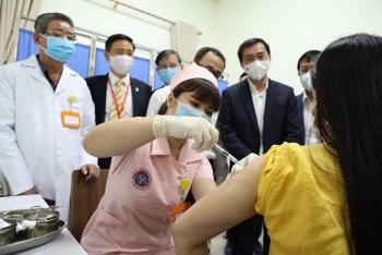 Sáng 23/3, thêm 15 người tiêm thử nghiệm vắc xin 'made in Việt Nam' - COVIVAC