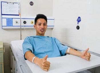 Tin bóng đá Việt Nam ngày 24/3: Đỗ Hùng Dũng phẫu thuật gấp, nghỉ một năm