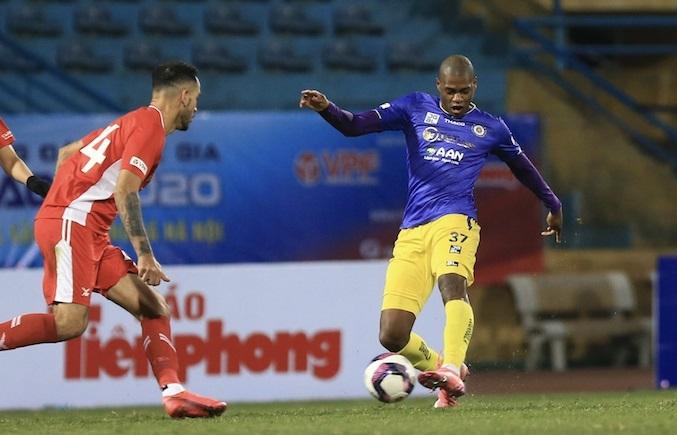 Tin tức bóng đá Việt Nam ngày 26/3: HLV TP.HCM kêu than về án phạt nặng của Hoàng Thịnh
