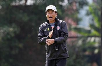 Tin tức bóng đá Việt Nam ngày 30/3: Cựu HLV U23 Nhật Bản mất ghế ở V-League