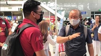 Tin tức bóng đá Việt Nam ngày 23/4: VFF lên tiếng việc mời Kiatisak thay thầy Park