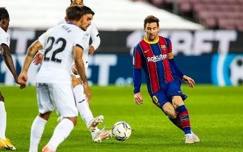 Lịch thi đấu vòng 32 La Liga 2020/21: Barca sẽ cướp ngôi đầu của Atletico?