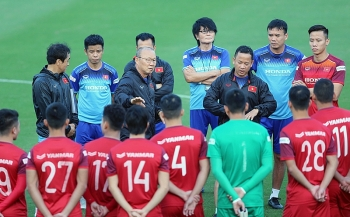 Danh sách ĐT Việt Nam: HLV Park Hang-seo gọi' trò cưng' Văn Hậu