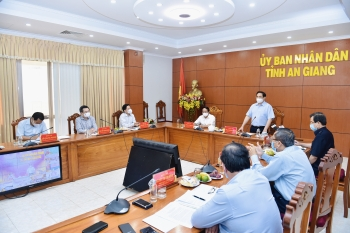 Thủ tướng Chính phủ yêu cầu thực hiện 8 nhiệm vụ trong tâm trong công tác phòng chống dịch COVID-19