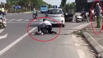 Kỷ luật cán bộ Công an xã đứng gọi điện ở hiện trường vụ cướp taxi ở Hà Nội