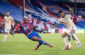 Bảng xếp hạng mới nhất Ngoại hạng Anh ngày 17/7: Thắng Crystal Palace nhưng MU vẫn chưa thể chen chân vào top 4