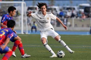 Tin chuyển nhượng Ngoại hạng Anh (NHA): MU chiêu mộ 3 tân binh đến từ Real và Barca