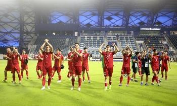 Đội tuyển Việt Nam rời khu cách ly, HLV Park Hang-seo về Hà Nội