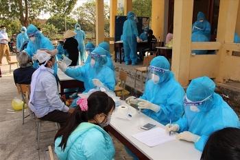 Đối tượng có nguy cơ cao mắc COVID-19 tại Hà Nội được xét nghiệm sàng lọc