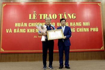 Đưa U22 Việt Nam xưng bá khu vực, HLV Park Hang-seo nhận quà đặc biệt từ Thủ tướng Chính phủ