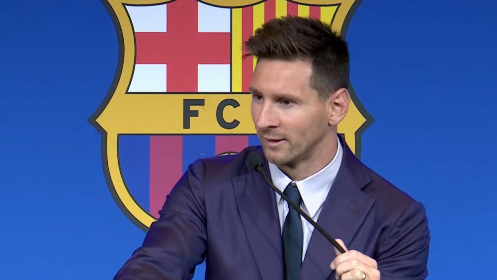 Messi bật khóc khi nói lời chia tay Barca, vẫn chưa chốt đến PSG