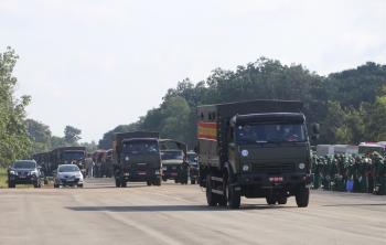 """2000 cán bộ, chiến sĩ """"Sư đoàn quả đấm thép Miền Đông Nam Bộ"""" gấp rút vào tâm dịch giúp dân"""